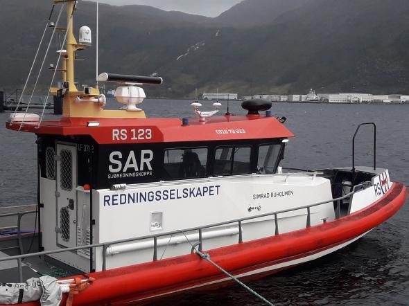Heilfoliering av RS Simrad Buholmen