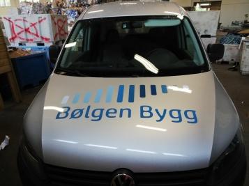 Foliering av bil til Bølgen Bygg